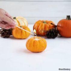 diy bougie citrouille halloween à faire soi-même avec de la cire à bougie et 8e64c277ae53