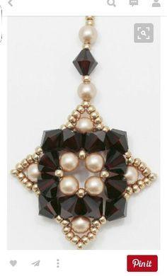 Beaded Jewelry Designs, Seed Bead Jewelry, Bead Jewellery, Seed Bead Earrings, Pendant Jewelry, Beaded Tassel Earrings, Beaded Bracelets, Necklaces, Schmuck Design