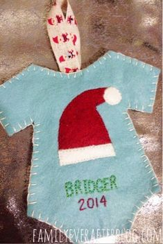 Baby's first ornament craft with felt for your Christmas tree #make #sew #ornament