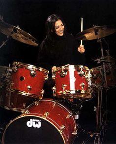 Girl Drummer, Female Drummer, Merle Oberon, Shirley Jones, Veronica Lake, Judy Garland, I Love Music, Good Music, Drums Girl