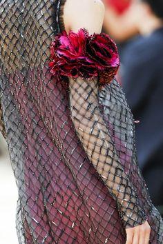 Chanel Fall 2017 Couture Fashion Show Fashion Week, Fashion 2017, Look Fashion, Fashion Details, Runway Fashion, Fashion Show, Fashion Design, Chanel Fashion, Couture Fashion