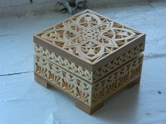 Резная деревянная шкатулка Зимний мотив вырезано от FancyChip