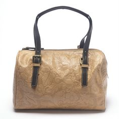 www.hogiesonline.co.uk - LEATHER BEIGE EMBOSSED FLOWER LEATHER HANDBAG BY PUNTOTRES - PUN40, £99.00 (http://www.hogiesonline.co.uk/leather-beige-embossed-flower-leather-handbag-by-puntotres-pun40/)