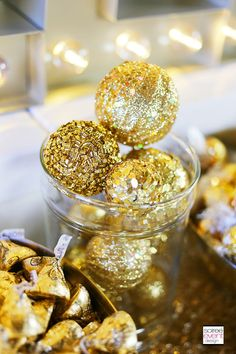 Check out this step-by-step post on How to Set Up a Holiday Gold Candy Table along with my girlfriend tips and shopping list! Retirement Party Decorations, Anniversary Decorations, Anniversary Parties, 50th Anniversary, Candy Table, Candy Buffet, Babyshower, Golden Birthday Parties, 50th Birthday