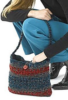 Ravelry: Chic Shoulder Bag pattern by Lion Brand Yarn