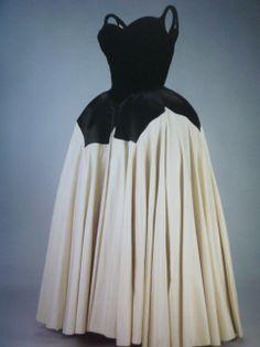 Rhonda's Creative Life: 'The Petal' Dress by Charles James