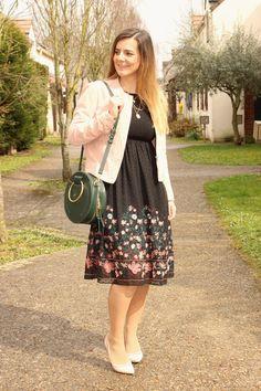 Blog mode Les petites bulles de ma vie looks robe zara sac rond vert zara veste rose mango escarpins minelli