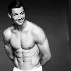 """Cristiano Ronaldo Named """"The Fittest Man Alive"""": A Physique . Cristiano Ronaldo 7, Cristiano Ronaldo Underwear, Good Soccer Players, Football Players, Football Soccer, Shirtless Men, Mens Fitness, Real Madrid, Sexy Men"""