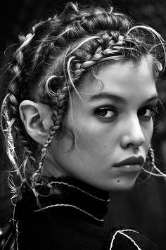 j-ai-oui-dire-blog:Stella Maxwell by Ben Morris for Elle Russia, July 2015.