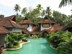 Kumarakom Lake Resort in Kerala is the place to stay, for a luxurious honeymoon. The 5 Star Resort, comprising 50 rooms, caters to all the n. Lake Resort, Resort Spa, Kerala Traditional House, Traditional Homes, Beautiful Homes, Beautiful Places, Holiday Resort, Luxury Spa, Luxury Hotels