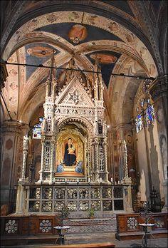 Vue de l'intérieur de l'église Orsanmichele