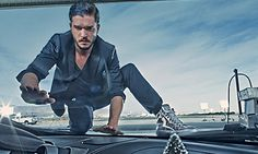 In his latest ads for Jimmy Choo�s men�s line, Kit Harington is the brooding hottie we all know and love.   Evidence That Kit Harington Smiles