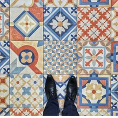 Amazing pic by @andreptamaa tagging #ihavethisthingwithtiles  _____________________________________________  #fwisfeed #feet #maioliche #lookyfeets #lookdown #selfeet #fwis #fromwhereyoustand #viewfromthetop #ihavethisthingwithfloors #viewfromthetopp #happyfeet #picoftheday #photooftheday #amazingfloorsandwanderingfeet #vsco #all_shots #lookingdown #fromwhereonestand #fromwherewestand #travellingfeet #fromwhereistand #tiles #tileaddiction #tilecrush #floor #vscocam #instatiles by…