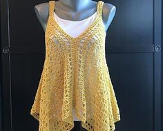 Very Easy And So Fabulous Crochet Tank Top Free Pattern - Knit And Crochet Daily Crochet Tank Tops, Crochet Summer Tops, Easy Crochet, Knit Crochet, Free Crochet, Crochet Sweaters, Crochet Stitches, White Crochet Top, Black Crochet Dress