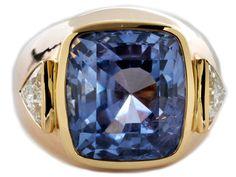 Ringweite: 52. Gewicht: ca. 16,5 g. RG 750. Beigefügt ein Befundbericht von LFG Nr. 301662 vom Februar 2014. Hochwertiger Ring mit großem natürlichen...