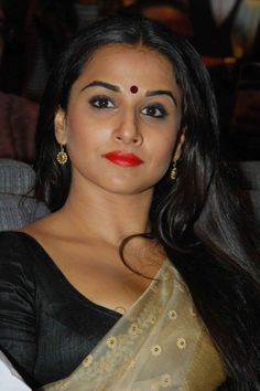 Vidya Balan is one dedicated actress and clearly studies the roles before she signs any film. This time, however, the actress seems to have made an exception which of course is coming to us as a surprise. The actress has been finalised to play Geeta Bali in her biopic called Bhagwan Dada Ek Albela. Although the film is in Marathi, we would have expected more research by the actress on her role.