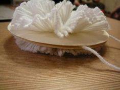 Pom-pom készítés házilag (8 kép). - schuro Blogja - 2012-01-27 21:23