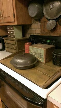 Prim Kitchen stove cover... would be great if I didn't use the stove top 3 times a day!