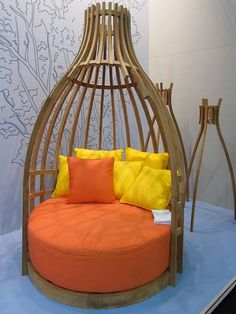 Contemporary and Eco-friendly Patio Furniture by Deesawat