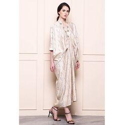 New party dress pattern women Ideas Modern Hijab Fashion, Batik Fashion, Muslim Fashion, Dress Fashion, Trendy Fashion, Kaftan Batik, Batik Dress, Blouse Dress, Kaftan Pattern