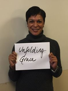 Ep. 05 – Michelle Tolson; Multiple Sclerosis, Whitney Houston, & Facing Uncertainty | Stories of Unfolding Grace | BeckyLMcCoy.com