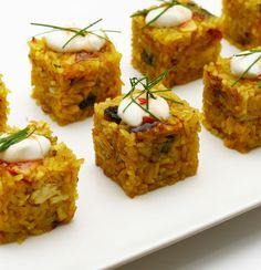 Chicken Biryani Cubes (made with the Sushi Rice Cube maker). Sushi Recipes, Cooking Recipes, Recipies, Rice Cube, Yummy Appetizers, Appetizer Recipes, Cube Recipe, Party Finger Foods, Fusion Food