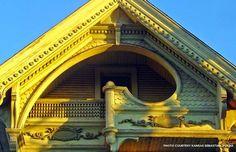 Old wooden house - Construcción de estilo hecha de madera en Estados Unidos para restaurar