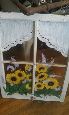 Do this lower front two windows. Old Window Art, Window Pane Art, Old Window Frames, Window Ideas, Painted Window Panes, Window Paint, Painting On Glass Windows, Painted Glass Windows, Old Windows