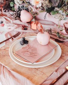 24 Ideas Wedding Fall Reception Table Settings For 2019 Table Rose, Pink Table, Reception Table, Wedding Reception, Trendy Wedding, Fall Wedding, Wedding Ideas, Rose Wedding, Wedding Bouquet
