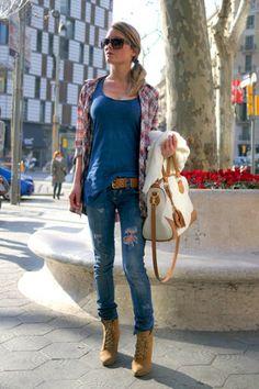 Global Street Style Barcelona:Cache sweater, Miss Sixty pants, Blanco shirt, Uterque bag, Carrera sunglasses