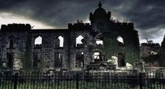 Opened waaaaaay back in 1856, the Smallpox Hospital on Roosevelt Island (Blackwell's Island back in the day)