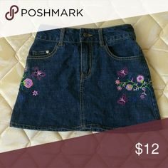 2B Real Girls  Jeans Skirt Size 5/6 Gently used condition. My daughter only wore this skirt once. Very nice Skirt.   80% cotton 17%polyester 3%spandex  Rn#36753  Machine wash cold  Bundle and save  Smoke and let free home 2B Real Bottoms Skirts