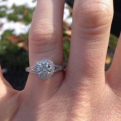Engagement Ring Settings - Unique Engagement Rings | Wedding Planning, Ideas & Etiquette | Bridal Guide Magazine