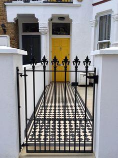 Victorian Mosaic Tile - London Victorian Mosaic Tile Quality Mosaic Tile Path in London and SE England Victorian Front Garden, Victorian Terrace, Yellow Front Doors, Painted Front Doors, Terrace House Exterior, Victorian Mosaic Tile, Tiles London, Edwardian House, London Garden