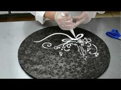 Cake Decoration Piping Scrolls - Butter Cream drawing