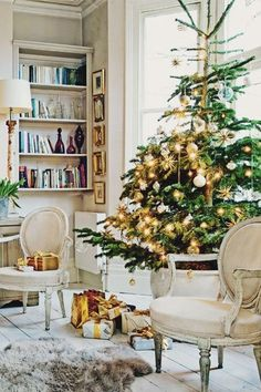 Holiday decor Inspiration. {Cool Chic Style Fashion}
