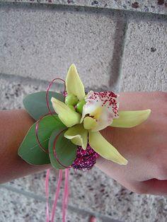 wrist corsages   wrist corsage (4)   Flickr - Photo Sharing!