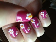 Trying to bring in Spring with these beautiful nails by Jenny at Queen Nails