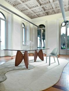 Vanessa Table by Bonaldo
