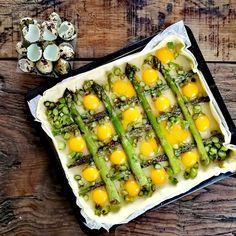 TORTA SALATA CON ASPARAGI ALLA PARMIGIANA, Fase 1 Work in progress di una torta Zucchini, Vegetables, Food, Food Cakes, Essen, Vegetable Recipes, Meals, Yemek, Veggies