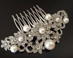 CADENCE Crystal and Pearl Bridal Hair Comb by GlamorousBijoux