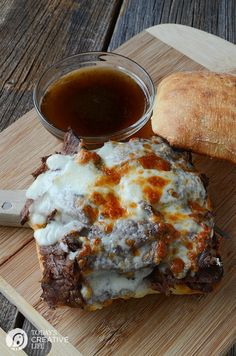Slow Cooker Beef Dinner Recipes include Chili, Roast, Stew, and Brisket. These recipes are known for their deep flavors and easy directions. Roast Beef Dip, Slow Cooker Roast Beef, Crock Pot Slow Cooker, Slow Cooker Recipes, Crockpot Recipes Cheap, Crockpot Meals, Beef Sandwich, Sandwich Recipes, Recipes