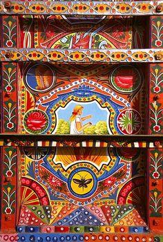 : Pakistani truck art(Y)