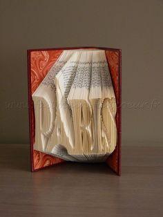 """Patron livre plié """"Paris"""" (""""Paris"""" folded book pattern)"""