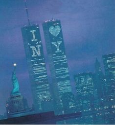 World Trade Center / The Twin Towers - Manhattan, New York / Vereinigte Staaten von Amerika / United States of America / USA Monuments, World Trade Center Nyc, Trade Centre, 11 September 2001, New York Architecture, I Love Nyc, Vintage New York, City That Never Sleeps, Dream City