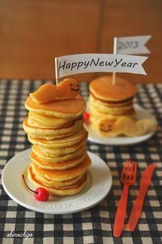 わくわくキャラクター弁当 【連載】レシピブログ「新年のご挨拶」