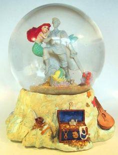 Ariel and statue musical snowglobe