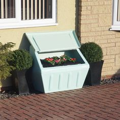 Wybone designs and manufactures street furniture including litter bins, recycling bins, grit bins and clinical waste bins. Pastel Shades, Street Furniture, Recycling Bins, Outdoor Furniture, Outdoor Decor, Compost, Repurposed, Landscapes, Alternative