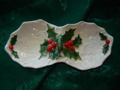 lefton+vintage+holly+dishes   Nice Vintage Lefton Christmas White Holly Berry China 2 Part Relish ...