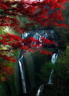 maravillosa imagen Fukuroda Falls, Japan